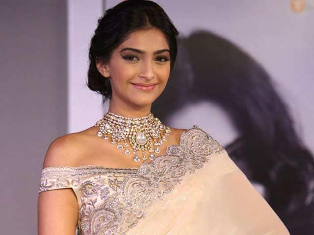 Video : Sonam Kapoor Downsizes