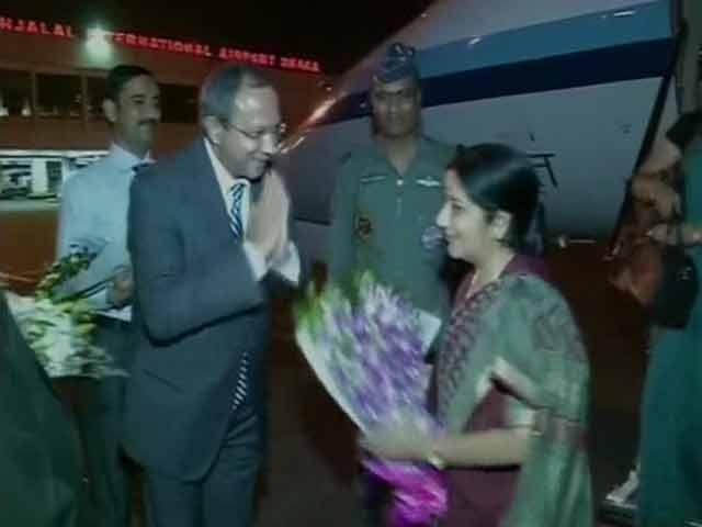 Video : Sushma Swaraj on 2-Day Visit to Bangladesh, Teesta, Land Boundary Top of Agenda
