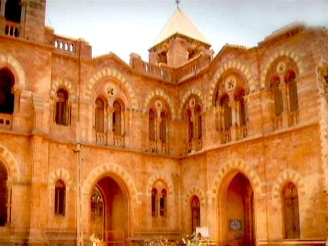 Video : Follow The Star in Aaina Mahal, Bhuj