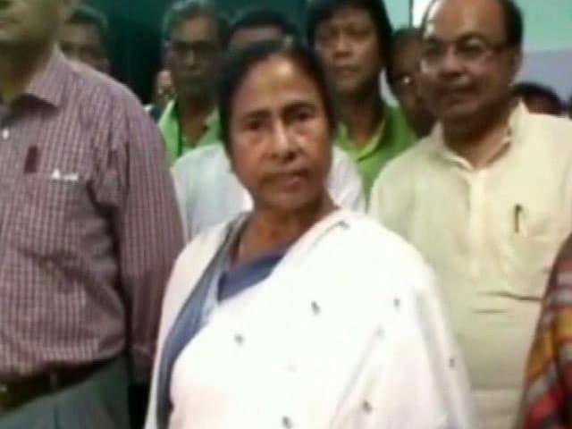 Video : 'What Should I do? Kill Him?': Mamata Snaps at Media Over MP's Rape Remark Row