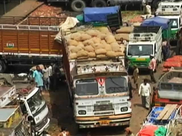Video : आजादपुर मंडी का बुरा हाल