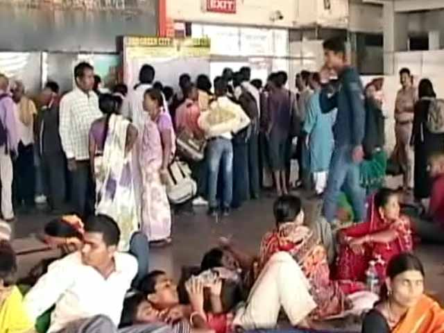 Videos : वाराणसी : रेल बजट से उम्मीदें...