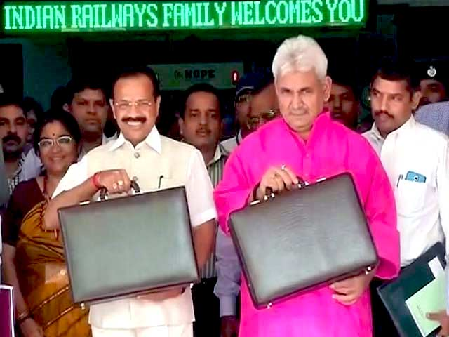 Video : In First Rail Budget, Gowda Vows To Take Politics Out Of Railways