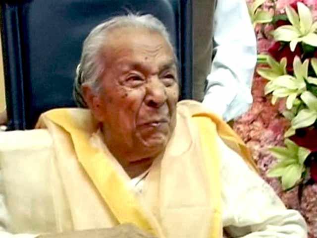Videos : फिल्म अदाकारा जोहरा सहगल का 102 साल की उम्र में निधन