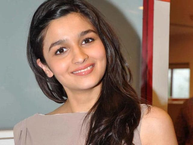 Video : No Fault in Alia Bhatt's Stars