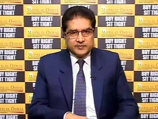 Video : Not Very Excited: Motilal Oswal's Agrawal on Budget