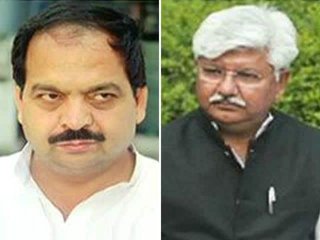 Video : कहां हैं दिल्ली के छह कांग्रेसी विधायक?