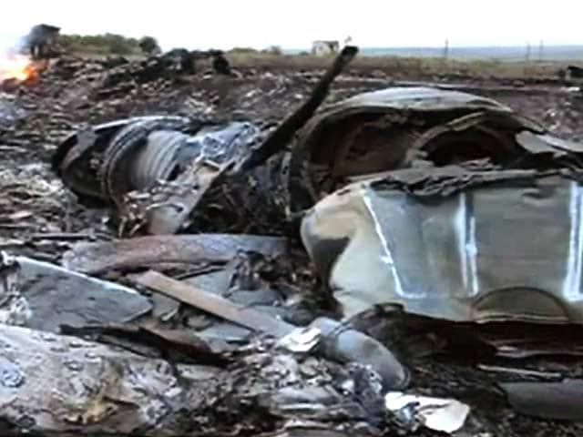 Video : 298 लोगों को ले जा रहे मलेशियाई विमान को मार गिराया