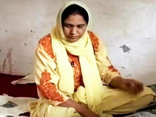 Video : Real Women, Incredible Lives: Weaving a Secure Future for Kashmiris