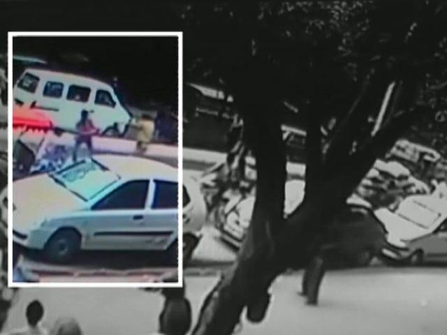 Video : कैमरे में कैद : बाइक सवार लुटेरे