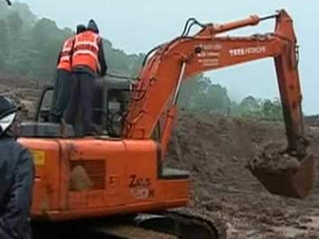 Video : Landslide Near Pune: 41 Killed, Over 150 Missing As Rain, Mud Slows Rescue