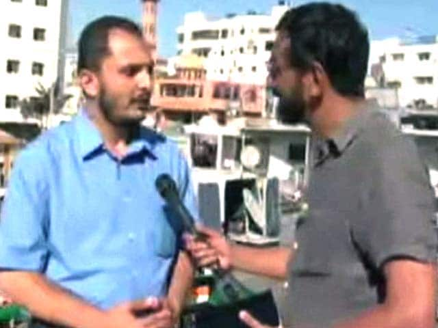 Video : Keep Hitting Me, I'm Looking for You. This is Self-Defense, Says Hamas Activist