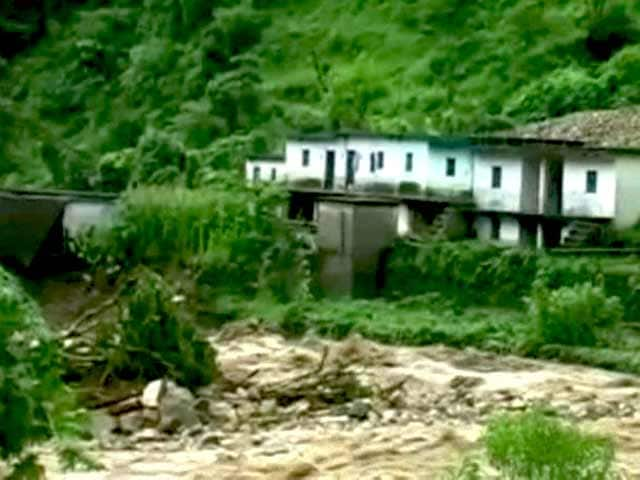 Video : उत्तराखंड में भारी बारिश से तबाही, 19 लोगों की मौत