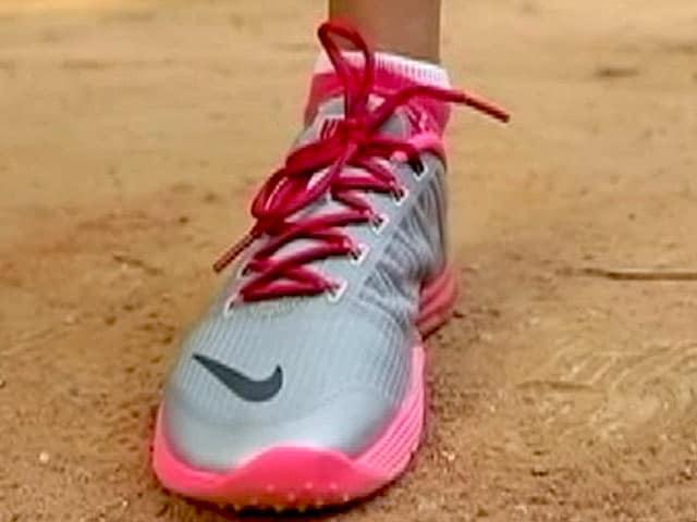 Video : Nike Lunar Cross Element