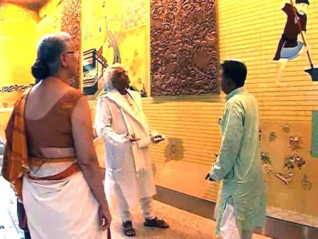Video : Art Matters: 'Jaya He' at Mumbai Airport