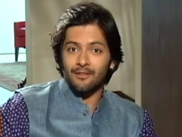 Video : Ali Fazal Shares His Love for the Tigers