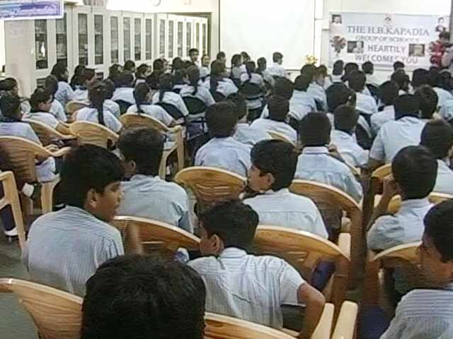 Videos : स्कूली बच्चों के लिए पीएम मोदी की एक्स्ट्रा क्लास
