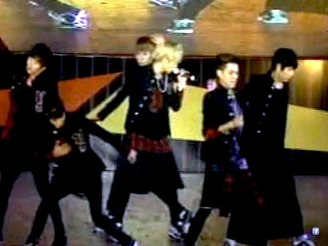 Video : K-Pop Groove Hits India