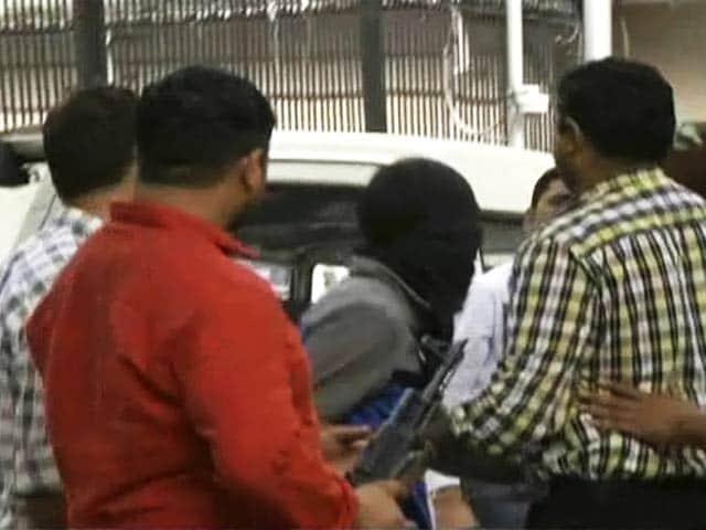 Videos : आईएम का संदिग्घ टेक एक्सपर्ट गिरफ्तार