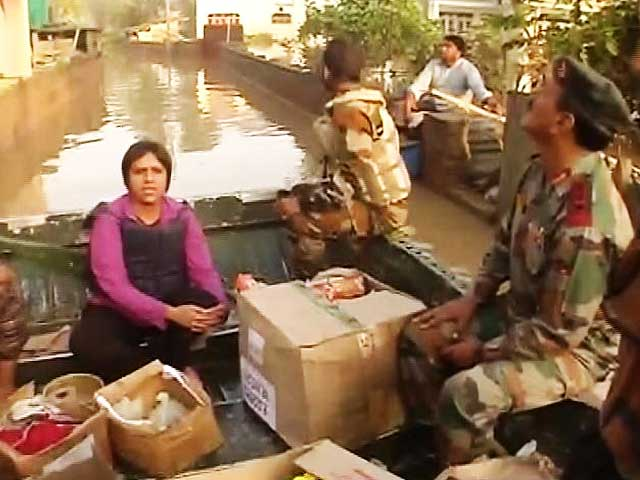 Video : Watch: Kashmir Floods - The Tireless Service of a Battalion And Its Boats