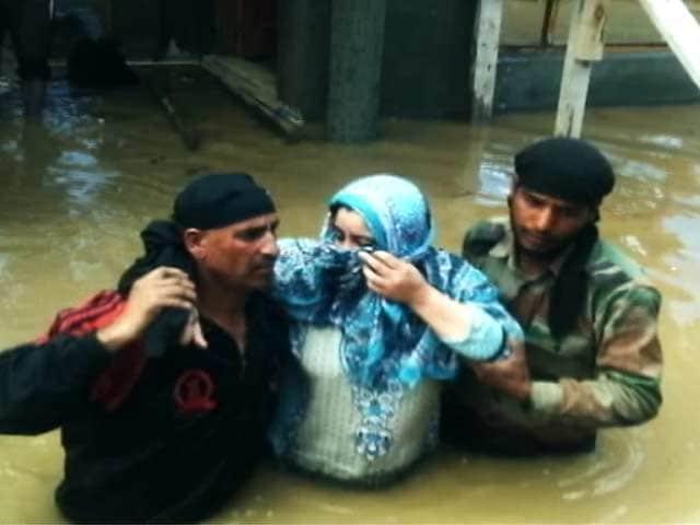 Video : कश्मीर में बाढ़ : दर्द बतातीं कुछ रिपोर्ट