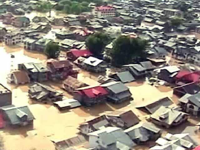 Video : Jammu & Kashmir Floods: Paradise Under Water