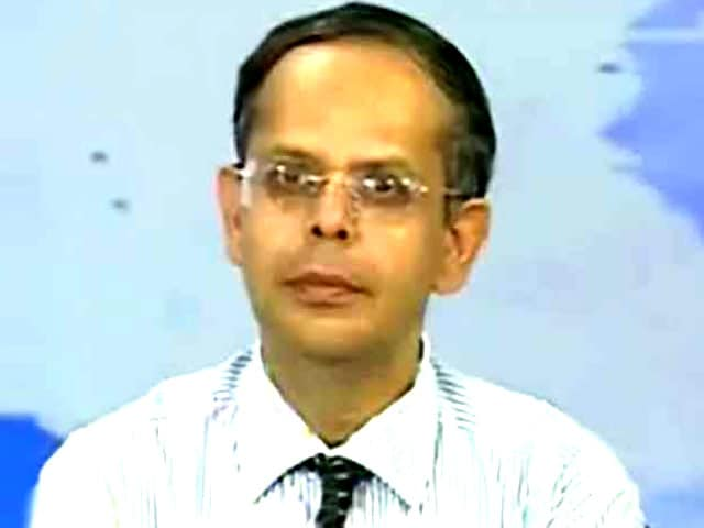 Video : See Industrial Output Growth at Over 4 Per Cent in FY15: Axis Bank
