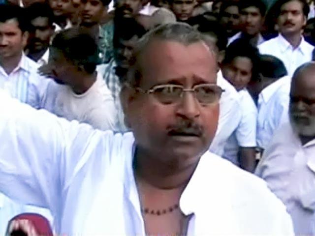 Videos : अपराधियों ने चुनाव में जिताया सपा को?