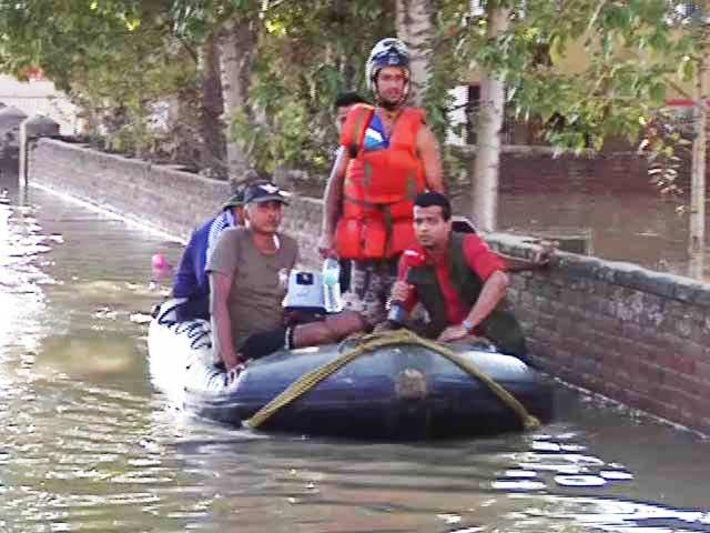 Video : Jammu and Kashmir Floods: Navy's Hands On Deck