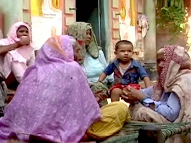 Videos : किसानों की खुदकुशी मामला : केंद्र को सुप्रीम कोर्ट का नोटिस