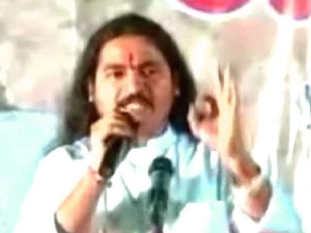 Video : खबरों की खबर : महाराष्ट्र में कट्टरपंथी पार्टियां बन सकती हैं सिरदर्द