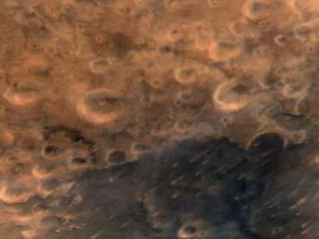 Videos : मंगलयान ने भेजी लाल ग्रह की पहली तस्वीर