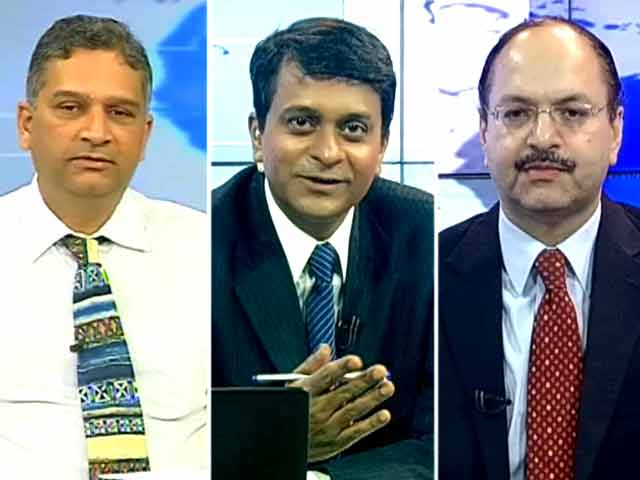 Video : RBI Keeps Rates on Hold: What Experts Say