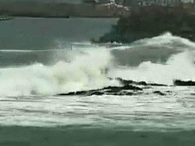 Video : Cyclone Hudhud: Are We Prepared?