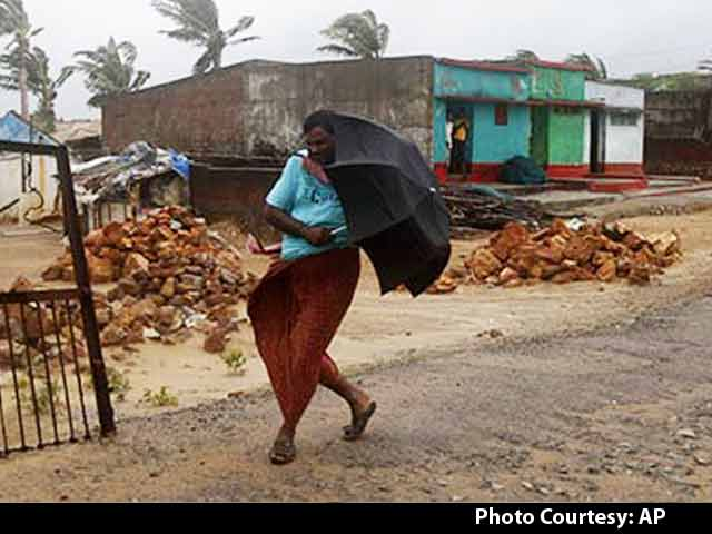 Video : In Odisha, Phailin Survivors say Hudhud Can't be Worse