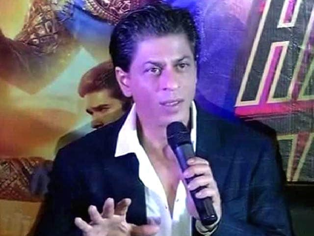 Video : SRK Harps on the 'H' Word in <i>Happy New Year</i>