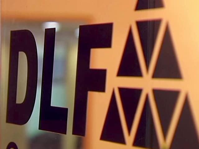 Videos : सेबी की कार्रवाई के बाद डीएलएफ के शेयर गिरे