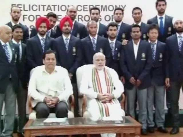 PM Narendra Modi Felicitates Asian Games Champions