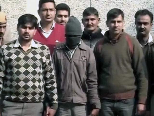 Videos : धौलाकुआं गैंगरेप : मामले के पांचों दोषियों को उम्रकैद की सजा
