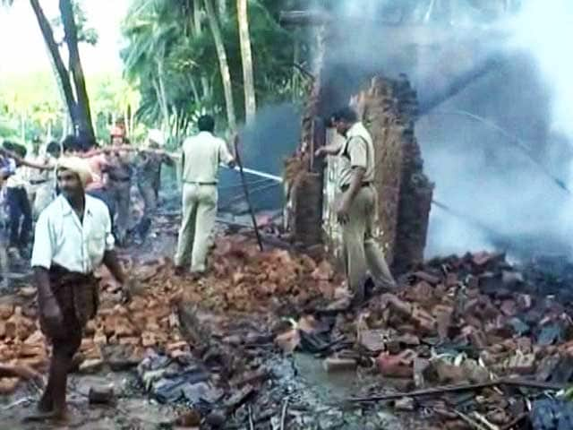 Video : Andhra Pradesh Cracker Factory Mishap: Investigators Probing Whether Unit Had License