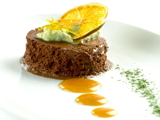 Video : Bitter Chocolate and Orange Frozen Mousse
