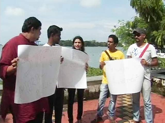 Video : Kerala's 'Kiss of Love' Protest, Planned for Sunday, Draws Opposition