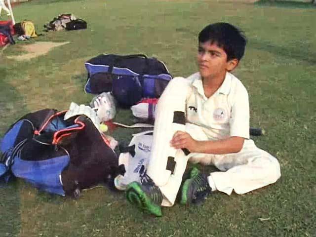 Videos : बड़ी प्रतिभा वाला छोटा क्रिकेटर रुद्र विधूड़ी
