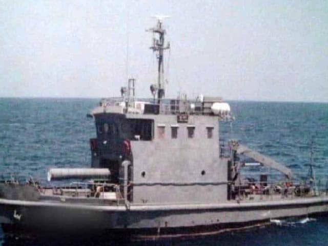 Video : Naval Vessel Sinks Outside Vizag Harbour, 1 Dead, 4 Missing