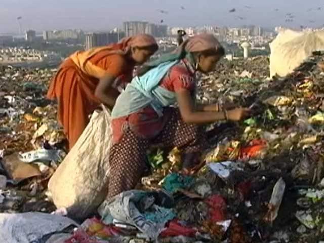 Videos : बनेगा स्वच्छ इंडिया : कूड़ा बीनने वालों की दयनीय हालत