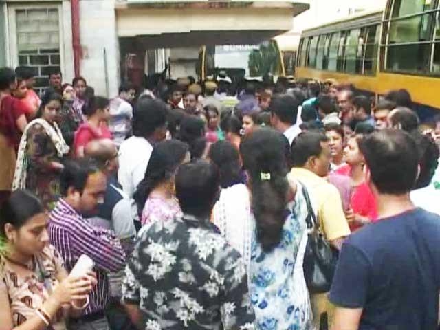 Video : Class 1 Student's Alleged Molestation Sparks Anger in Kolkata