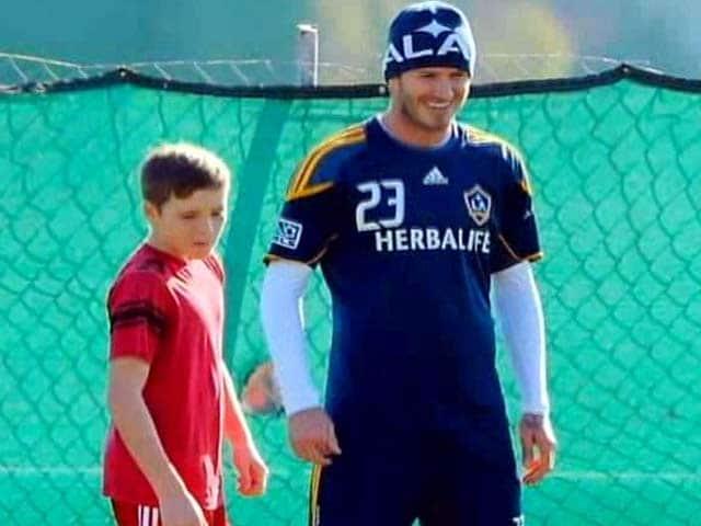 Video : David Beckham's Son is a Gunner!