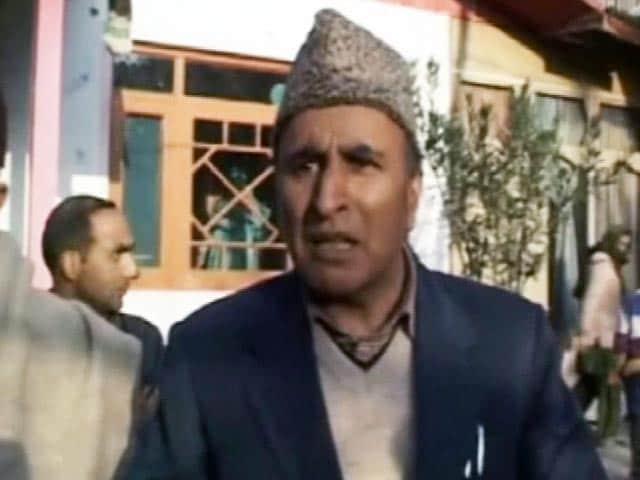 Video : जम्मू कश्मीर : कांग्रेस उम्मीदवार के लिए बोझ है बेटी!