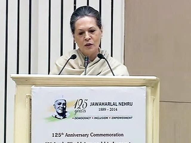 Video : PM Modi Kept Out of Nehru Anniversary Celebrations, Sonia Gandhi Attacks Saffron Forces