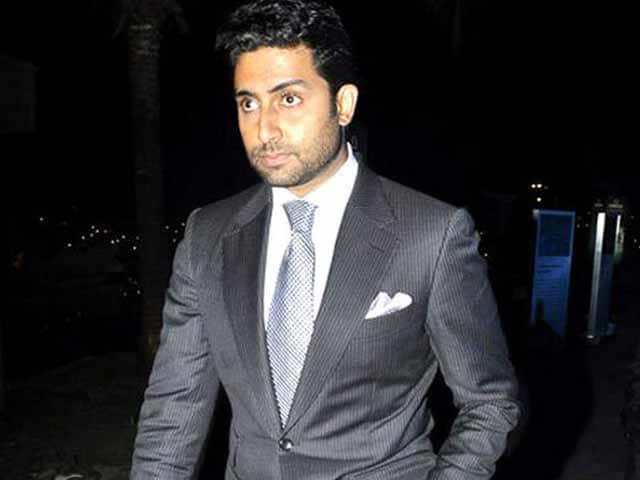 Video : Abhishek Bachchan Skips Arpita's Wedding